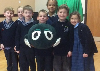Feltonfleet pupils  'Speak out. Stay safe' with the NSPCC