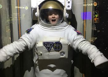 Year 6 Go Out of This World!