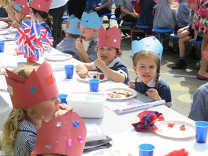 Royal wedding street party 2018 7