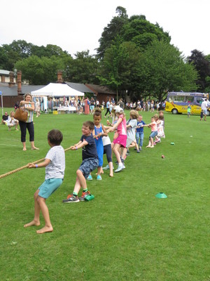 Summer fayre 2018 tug of war 1