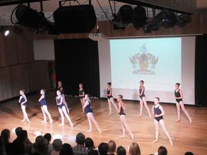 Dance 197