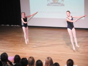 Dance 206