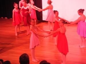 Dance 284
